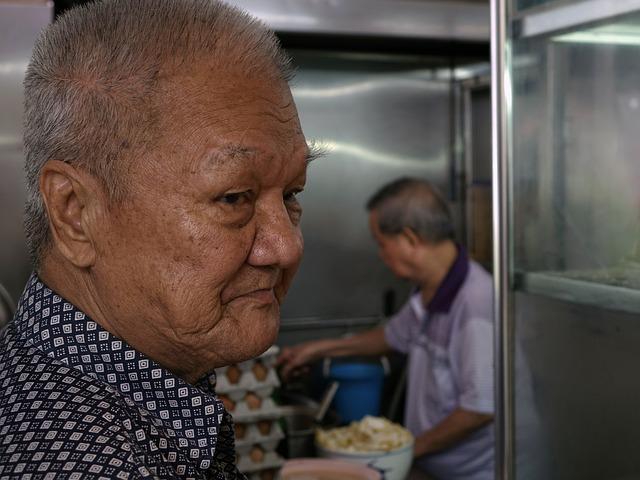 Muž v dôchodkovom veku.jpg